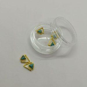 Pedrería triángulo color oro y azul #5